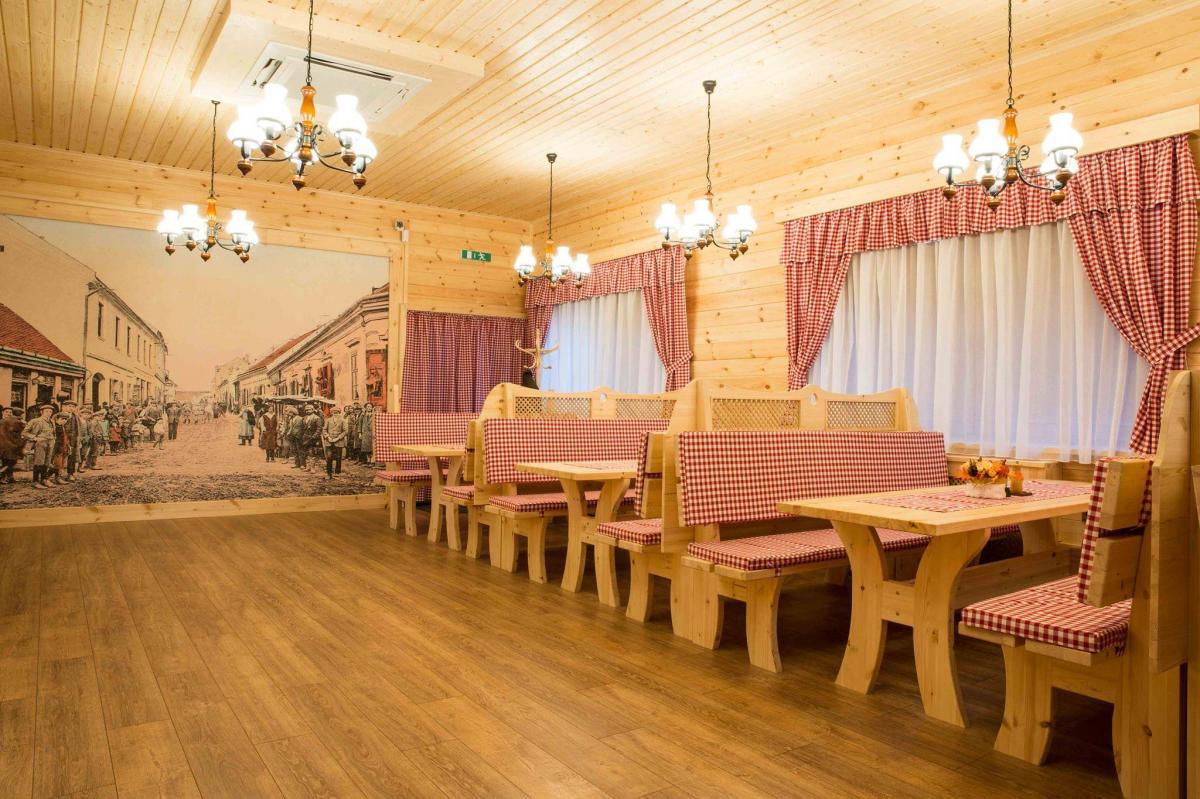 Franzi Bavorská Reštaurácia, 1