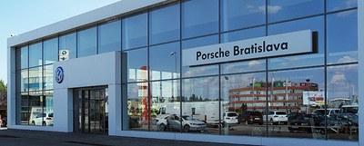 Porsche Inter Auto Slovakia Bratislava, 1