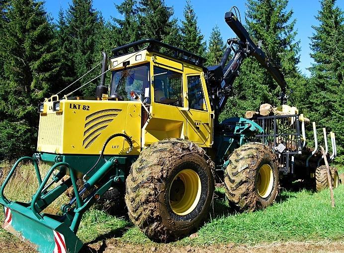 LKT, s.r.o. - traktory, lesná technika Trstená, 1