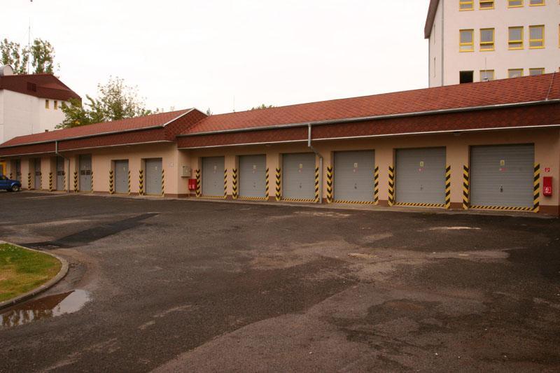 ELBA - garážové brány, 1
