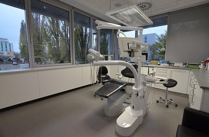 DENTLY zubná ambulancia Bratislava, 1