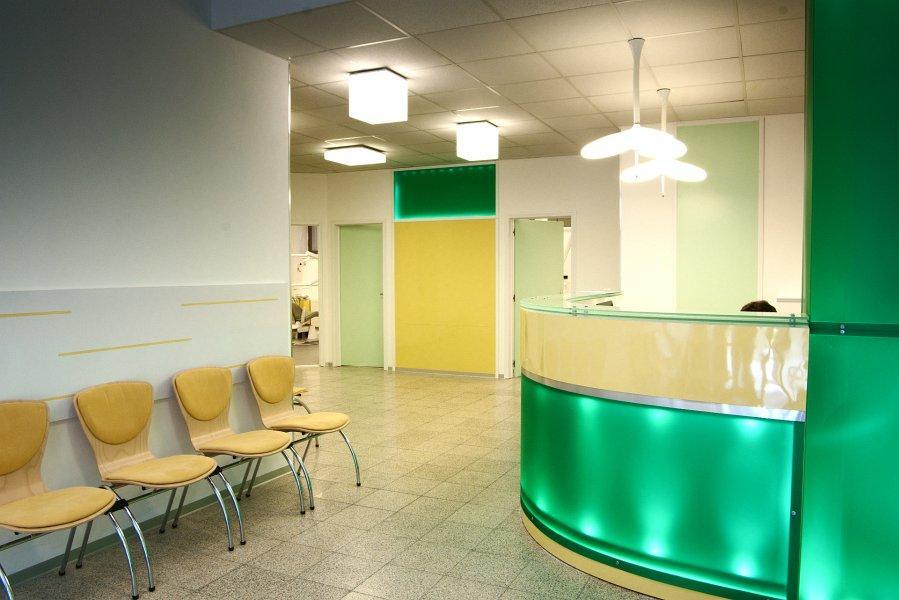 YLUX komplexná stomatologická starostlivosť Bratislava, 1