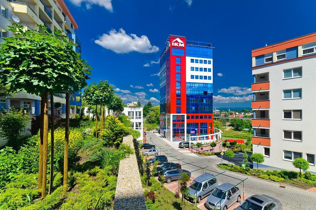 I.K.M. REALITY - STAVING BB Banská Bystrica, 1