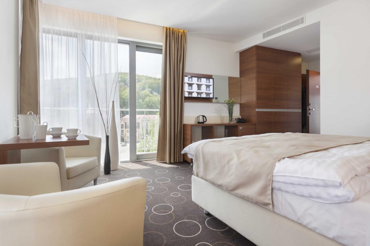 Wellness hotel Panorama **** Trenčianske Teplice, 1