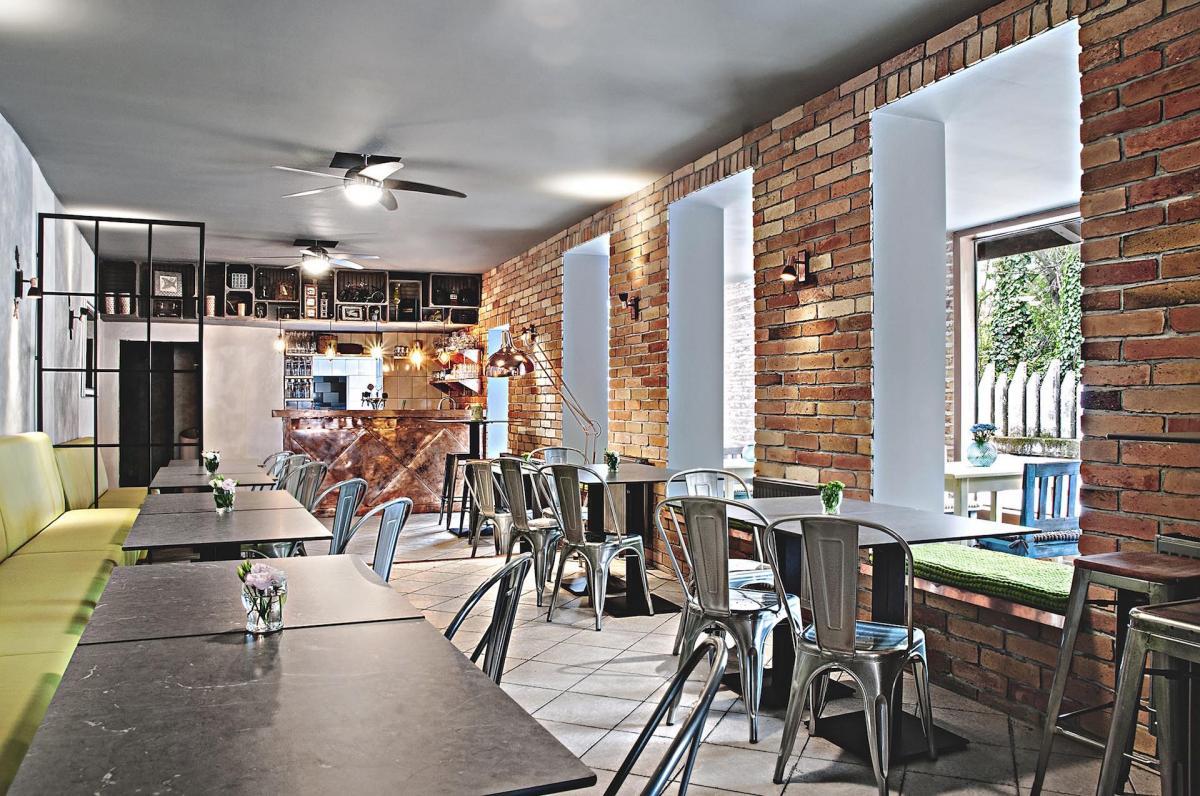 MOREE restaurant, 1