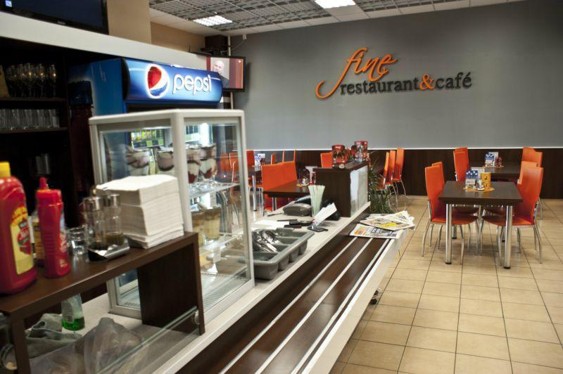 Fine Restaurant Cafe, 1