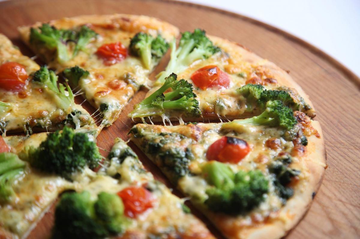 Pizzeria AB Sereď, 1